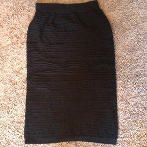 Elegant bandage midi black skirt